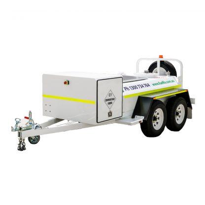 CENTERED - Fuelfix 1200lt Solar Powered Fuel Trailer
